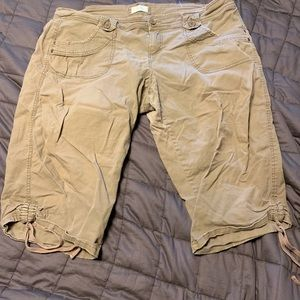 Size 20 Maurice's Knee Length Shorts